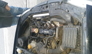 #90057 Opel Corsa 1996 Benzine vol
