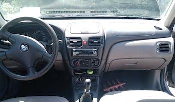 #90397 Nissan Almera 2002 Benzine vol